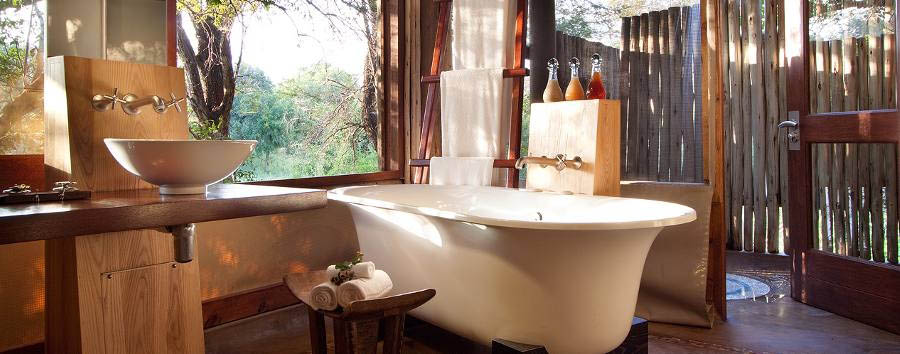 Rhino+Post+Safari+Lodge+-+Room+bathroom