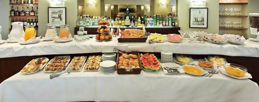 Hotel Gran Buenos Aires - Breakfast Buffet