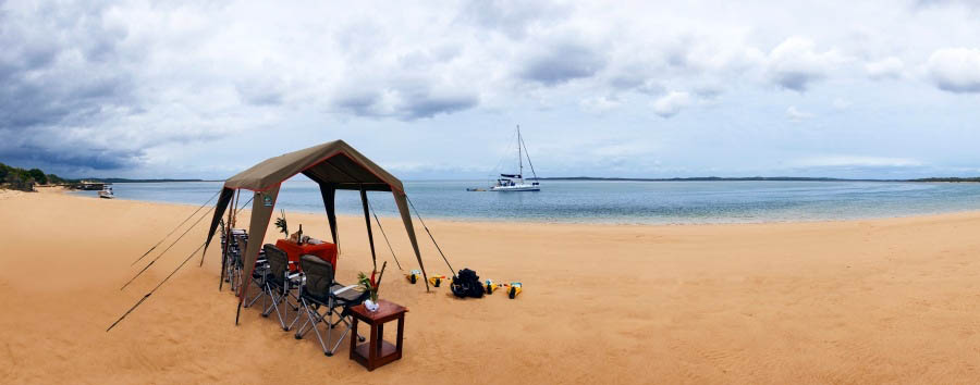 Machangulo+Beach+Lodge+-+Picnic+on+the+beach
