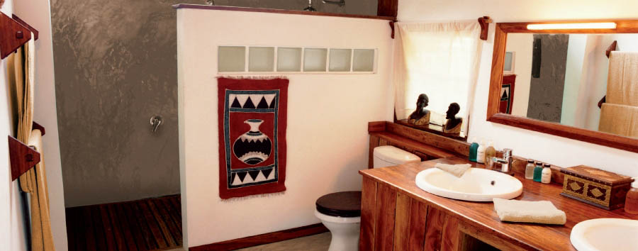 Fundu Lagoon - Superior Suite bathroom