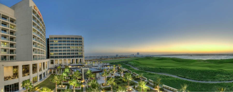 Crowne Plaza Yas Island - Hotel Exterior