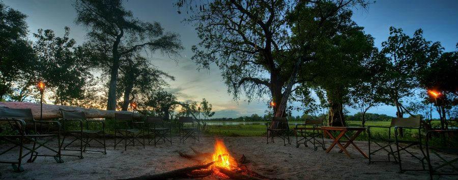 Botswana, acqua e deserto - Botswana Kwara Camp, Fire Pit