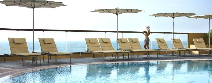 Amwaj+Rotana+-+Pool+View