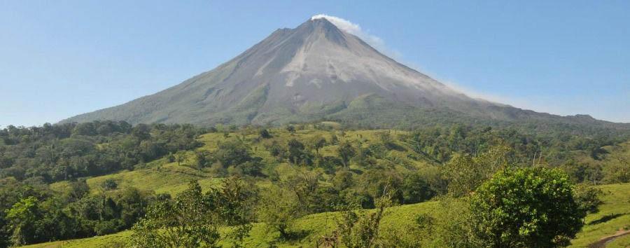 Exploring Costa Rica - Costa Rica Volcano Arenal