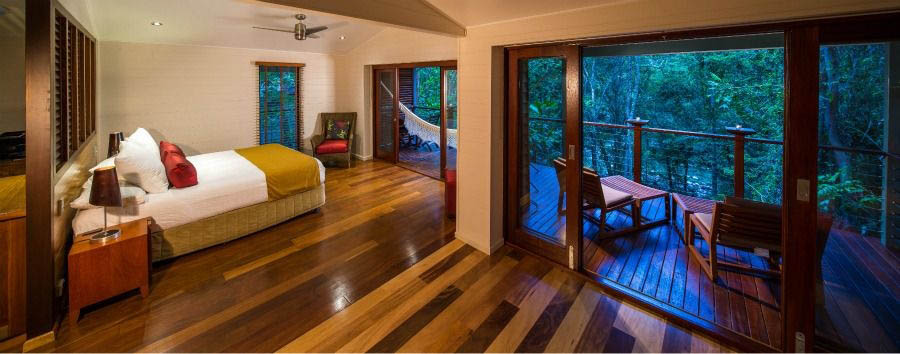Silky+Oaks+Lodge+-+Billabong+Suite+Bedroom+%C2%A9+Luxury+Lodges+of+Australia
