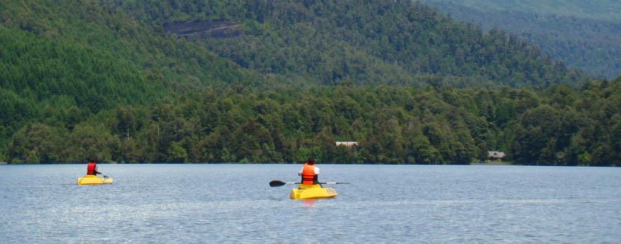 Nothofagus Hotel & Spa - Kayaking in Pirihueico Lake