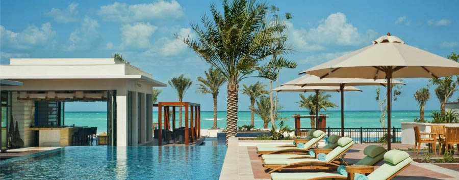 The+St.+Regis+Saadiyat+Island+Resort+-+Outside+Lap+Pool