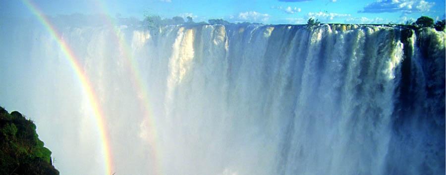 Mana Pools Explorer - Zimbabwe Victoria Falls