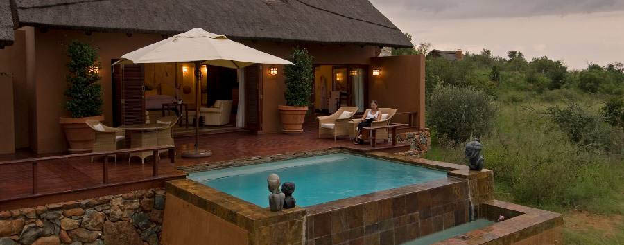 Mateya Safari Lodge - Private pool