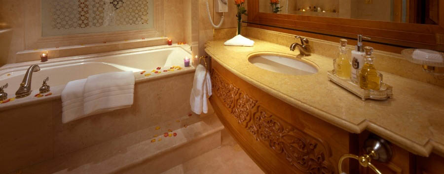 Emirates Palace - Grand Room Bathroom