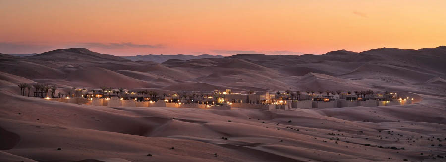 Qasr Al Sarab Desert Resort & Spa by Anantara - Sunset over the desert