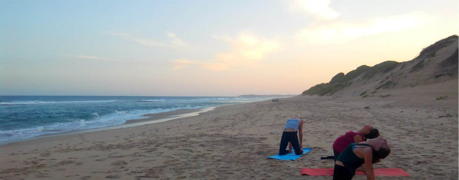 Mozambico, yoga e relax - Mozambique Dunes de Dovela, Yoga on The Beach
