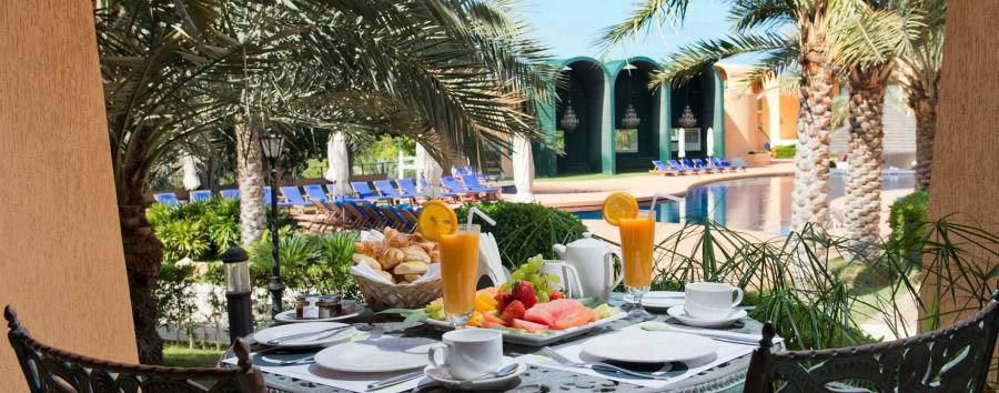 Dubai, Incredible Beach - Dubai Golden Tulip Al Jazira, Breakfast by The Pool