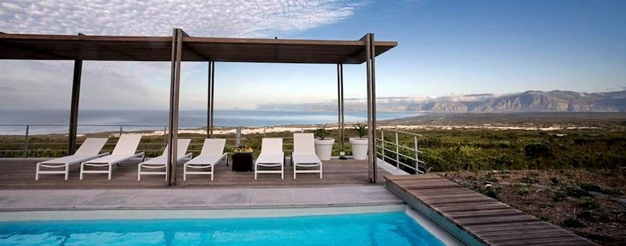 Grootbos+Villa+-+Pool+and+wooden+deck