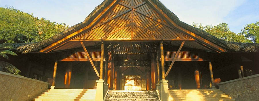 Constance Lemuria Resort - Hotel Entrance