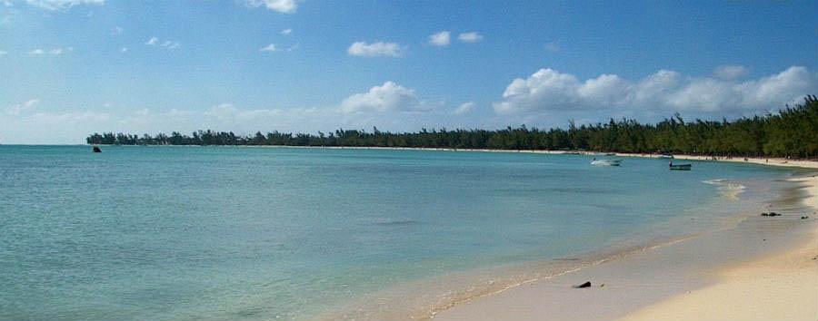 Mauritius, mare incantato - Mauritius Mon Choisy Beach © Daniel Jheelan