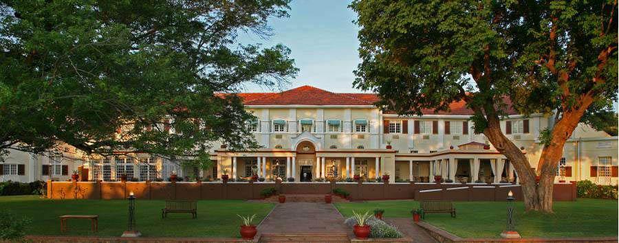 The Victoria Falls Hotel - Entrance