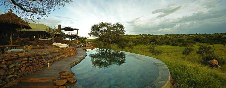Singita+Faru+Faru+Lodge+-+Pool+area+and+landscape