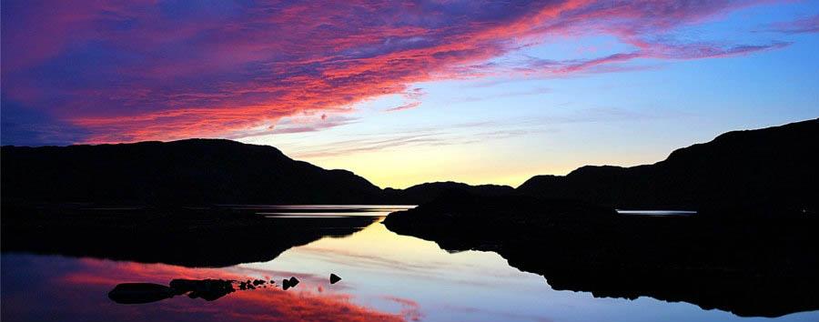 Groenlandia del Sud Explorer - Greenland Qaqortoq Purple Sunset © Ole J. Petersen/VisitGreenland A/S