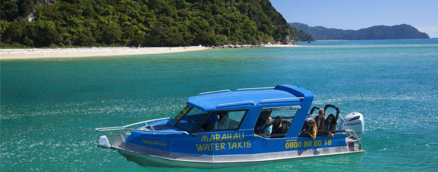 New Zealand - Abel Tasman National Park, Water Taxi © Ian Trafford / Tourism New Zealand