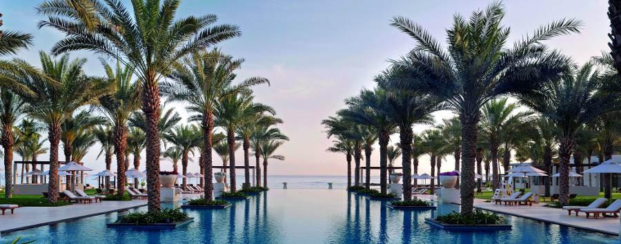 Al Bustan Palace, A Ritz Carlton Hotel - Infinity Pool