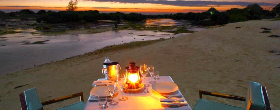 Ilha de Moçambique, fascino coloniale - Mozambique Coral Lodge 15.41, Romantic Dinner on The Beach