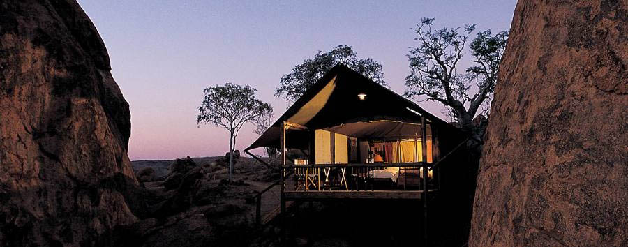 Mowani Mountain Camp - Tent amongst the rocks