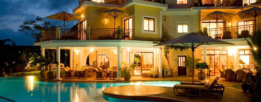 AfroChic Diani - View by night