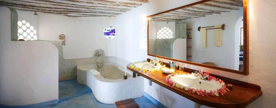 Matemwe Lodge - Bungalow bathroom