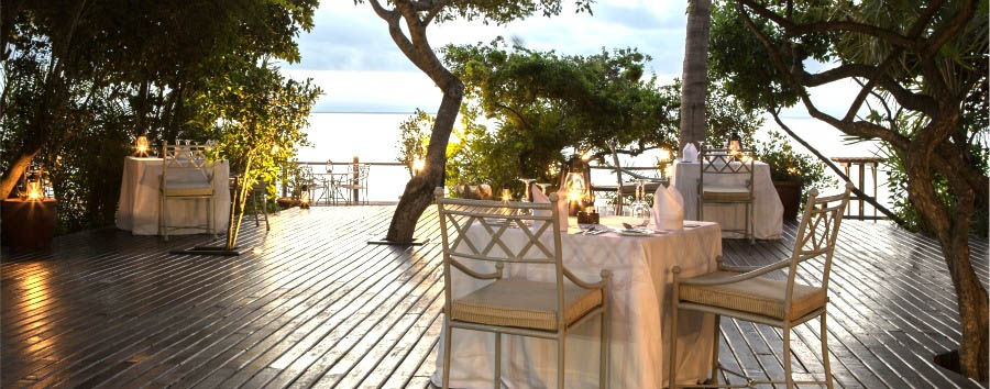 Anantara Bazaruto Island Resort & Spa - Beach Deck dinner