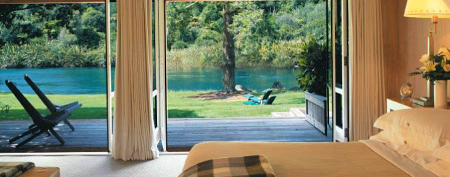 New Zealand Escape - New Zealand Junior Lodge Suite Bedroom