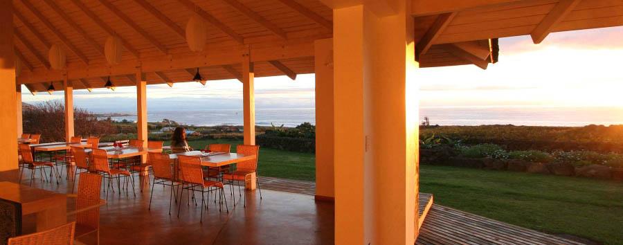 Hotel Altiplanico Rapa Nui - Chilling in the patio