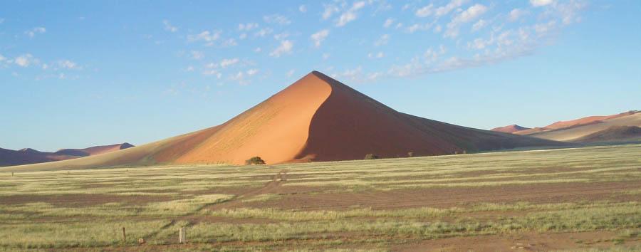 Orizzonti namibiani - Namibia Dune 45 in the Namib Desert