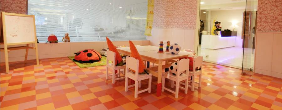 Auris Plaza Hotel - Children play area