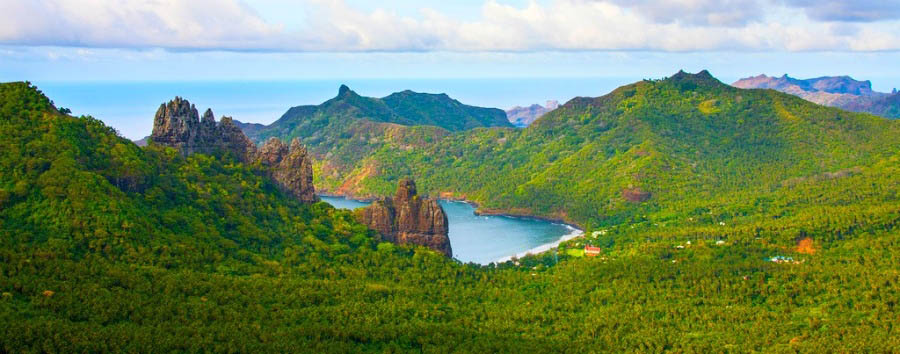Crociera inusuale nelle Isole Marchesi - Marquesas Islands Taiohae Bay Amazing Panorama