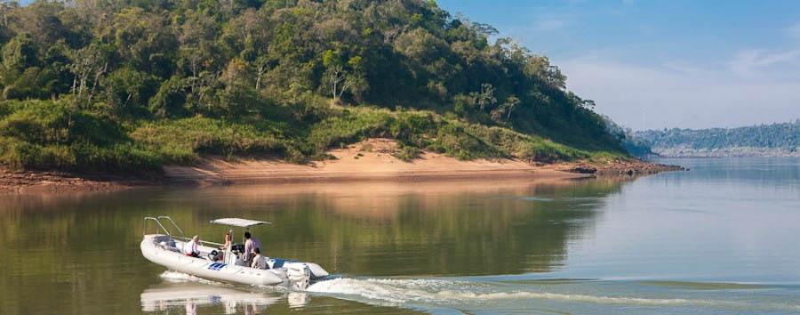 Puerto Bemberg: aria, luce e giungla - Argentina Posada Puerto Bemberg, Boat Excursion on the Paraná River