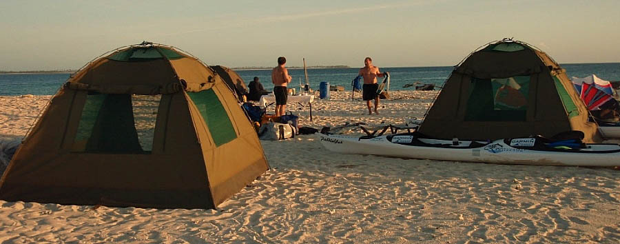 Mozambique - Island Hopping Tents Exterior