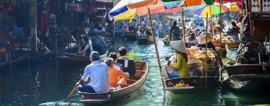 Bangkok City Break - Bangkok Damnoen Saduak Floating Market © aphotostory