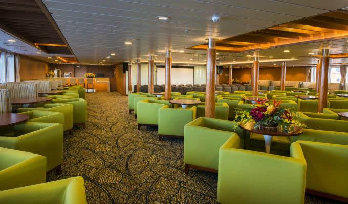 Aranui 5, Lounge - Marquesas Islands