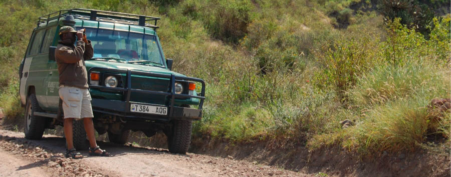 East Africa Migration Discover - Tanzania Travelling from Ngorongoro Crater to Serengeti National Park