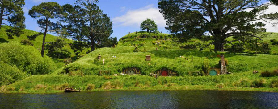Nuova Zelanda, la Terra di Mezzo - New Zealand Matamata, View of Hobbiton © Ian Brodie/Tourism New Zealand