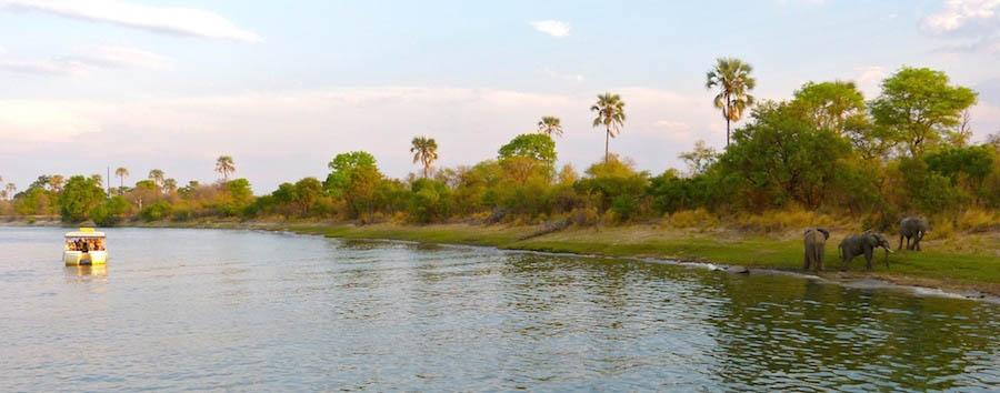 Zimbabwe Rebirth - Zimbabwe Sunset cruise on Zambezi River