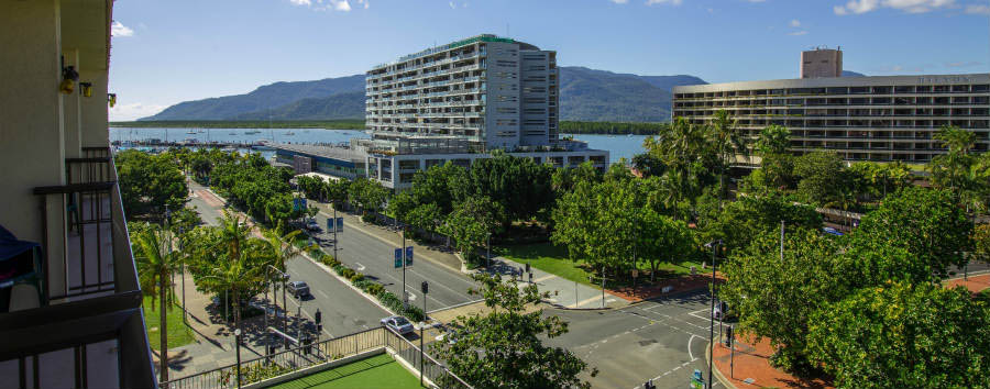 Pacific+Hotel+Cairns+-+Executive+Room+View