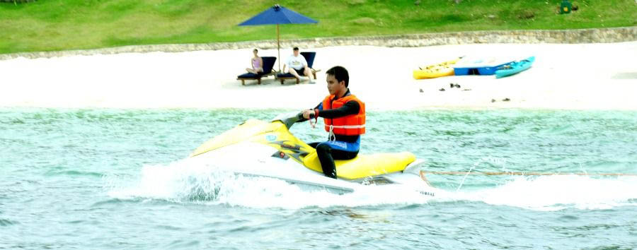 Eskaya Experience - Philippines Eskaya Beach Resort & Spa, Jet-Skiing