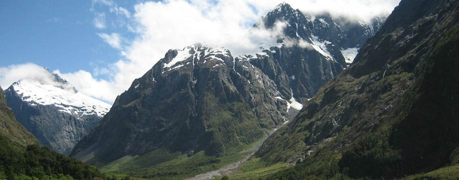 Fascinating New Zealand - New Zealand Fiordland National Park