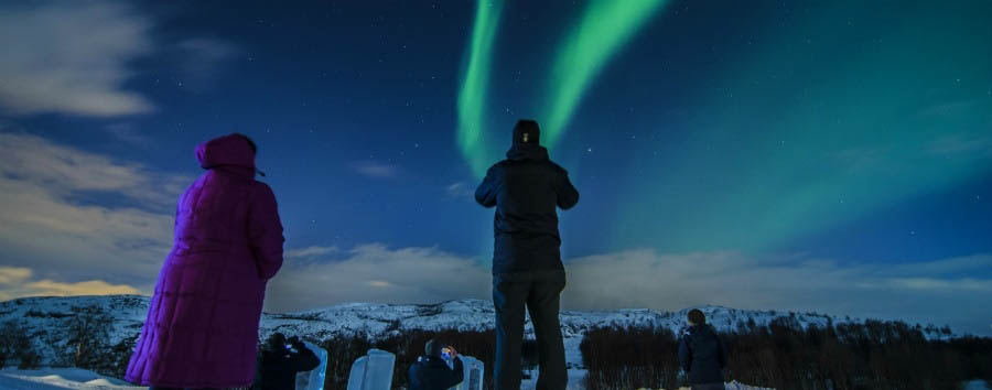 Kirkenes+Snow+Hotel+-+Watching+The+Northern+Lights