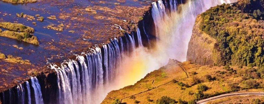 Zimbabwe, Victoria Falls à la carte - Zimbabwe Victoria Falls aerial view