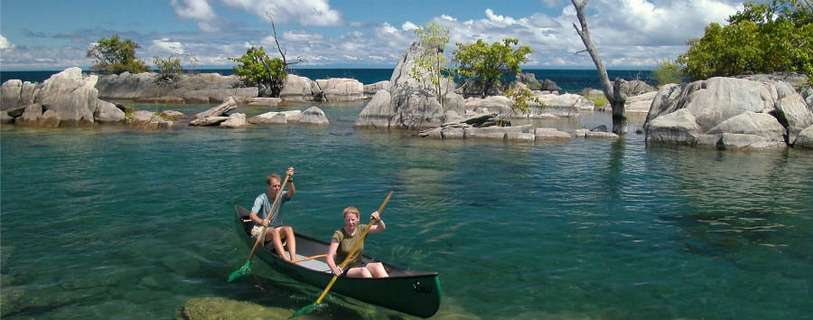 Discover Lake Niassa - Mozambique Lake Niassa, Canoe Excursion