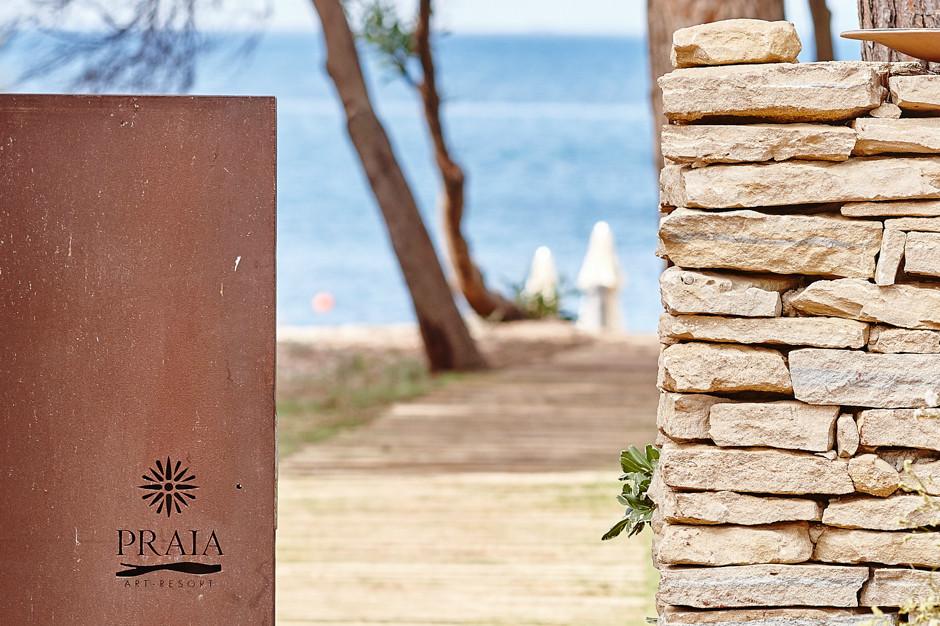 - Ingresso della spiaggia privata