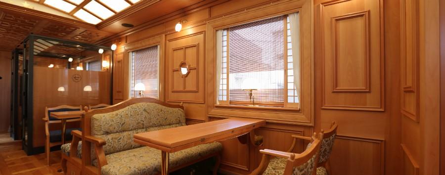 Cruise Train Seven Stars in Kyushu (2 giorni) - Cruise Train Seven Stars Dining Car Jupiter